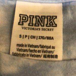 PINK Victoria's Secret Tops - PINK long sleeve 🌟